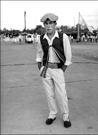 Images TOMS Shoes (above); an Argentine man wearing traditional garb, including alpargatas.